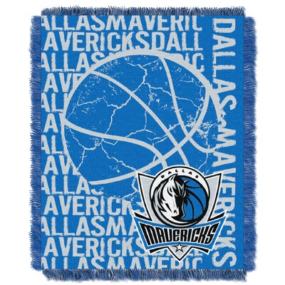 NBA Mavericks Double Play Throw