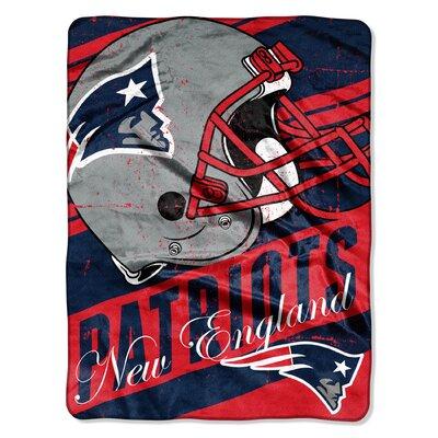 NFL Patriots Deep Slant Micro Raschel Throw