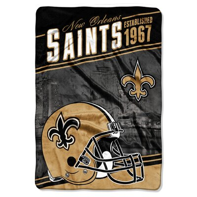 NFL Saints Stagger Throw