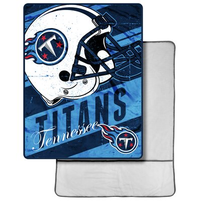 NFL Titans Throw