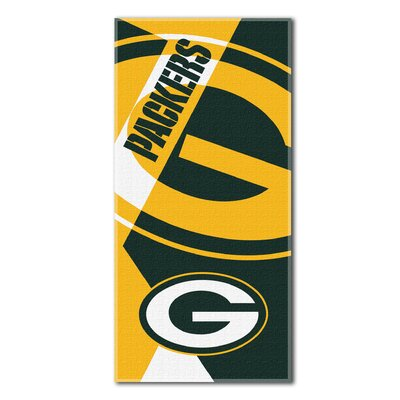 NFL Packers Puzzle Beach Towel