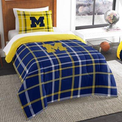 Collegiate Michigan Comforter Set Size: Twin