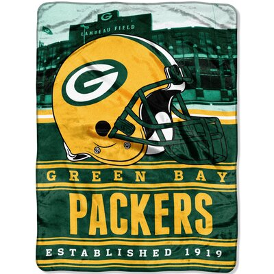 NFL Packers Stacked Throw