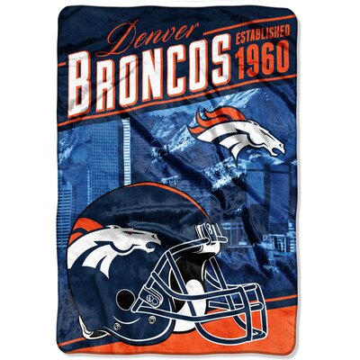 NFL Broncos Stagger Throw