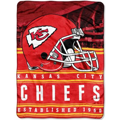 NFL Chiefs Stacked Throw