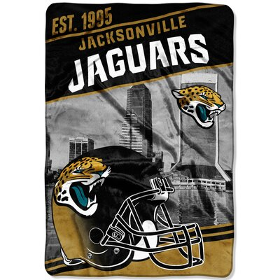 NFL Jaguars Stagger Throw