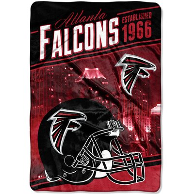 NFL Falcons Stagger Throw