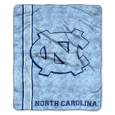 College NCAA North Carolina Sherpa Throw