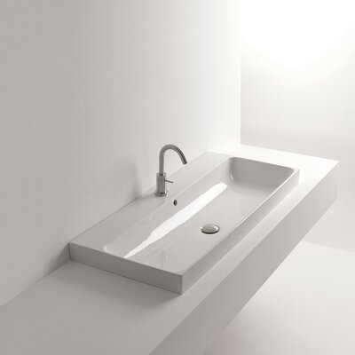 Normal 39Wall Mounted Bathroom Sink with Overflow