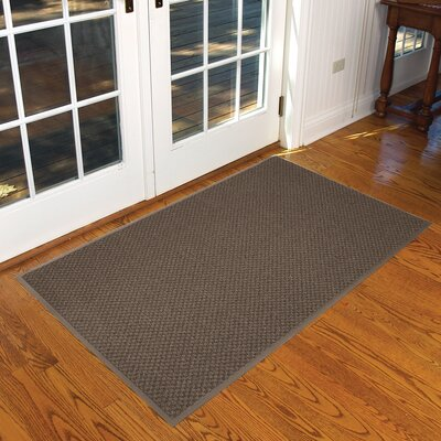Preference Solid Doormat Size: 3 x 6, Color: Brown / Beige