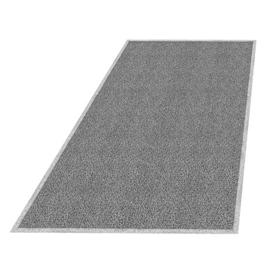Wayfarer Solid Utility Mat Size: Rectangle 4 x 6, Color: Gray