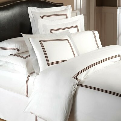 Allende Linen Duvet Cover Size: King, Color: Chocolate/White