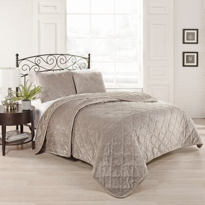 Collette 3 Piece Coverlet Set Size: Queen, Color: Light Taupe