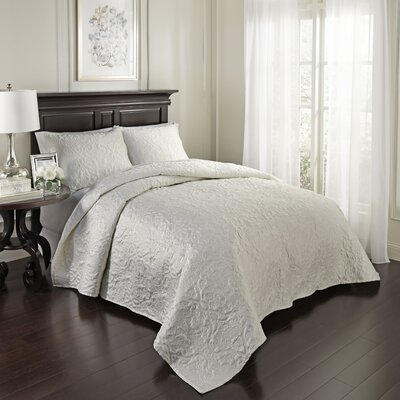 Valentre 3 Piece Coverlet Set Size: King, Color: Pearl