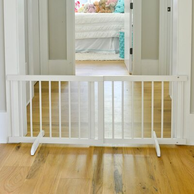 Step Over Free Standing Pet Gate Color: White