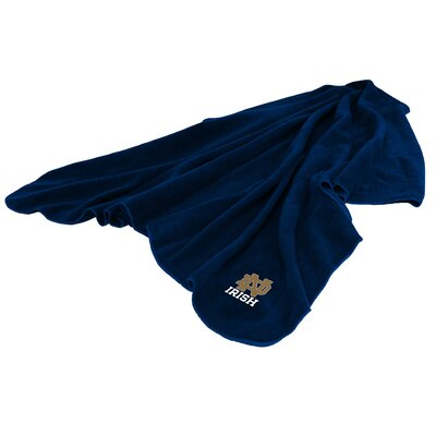 NCAA Notre Dame Huddle Throw