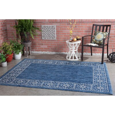Veranda Traditional Indigo Indoor/Outdoor Area Rug Rug Size: 710 x 103