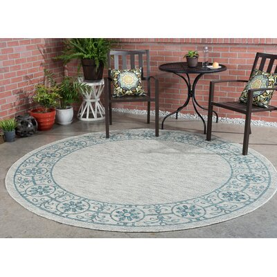 Veranda Traditional Teal Indoor/Outdoor Area Rug Rug Size: Round 710
