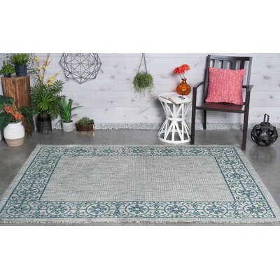 Veranda Traditional Teal Indoor/Outdoor Area Rug Rug Size: 53 x 73