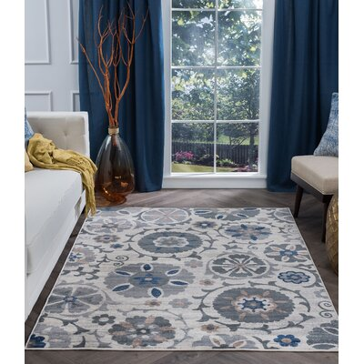 Majoros Oriental Scatter Navy/Cream Area Rug Rug Size: Rectangle 5 x 7