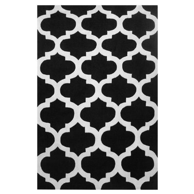 Capri Black/White Area Rug
