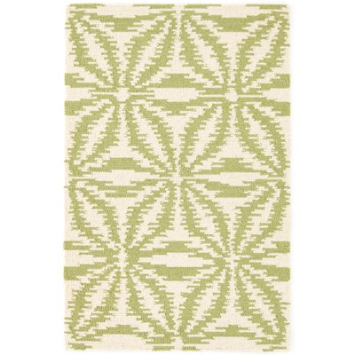 Aster Hooked Green Area Rug Rug Size: Rectangle 4 x 6