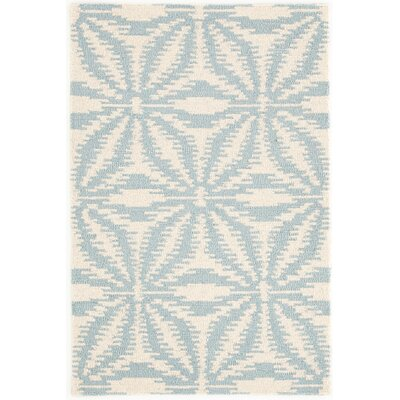 Aster Hooked White/Blue Area Rug Rug Size: Rectangle 5 x 8