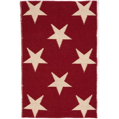 Star Hand Woven Red/White Indoor/Outdoor Area Rug Rug Size: Rectangle 5 x 8