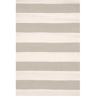 Catamaran Hand-Woven Gray/White Indoor/Outdoor Area Rug