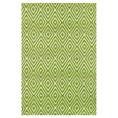 Hand Woven Green Indoor/Outdoor Area Rug Rug Size: 85 x 11