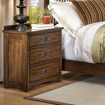 Oakhurst 3 Drawer Nightstand