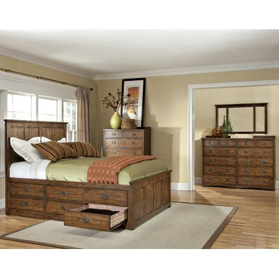 Oakhurst Panel Customizable Bedroom Set