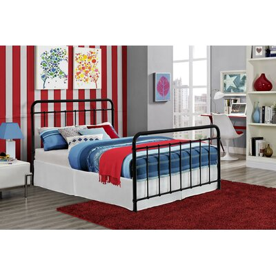 Daria Platform Bed Size: Full, Color: Black