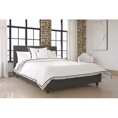 Colonial Place Upholstered Platform Bed Size: Full