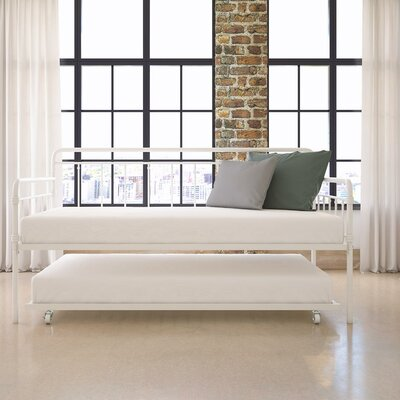 Truxton Twin Daybed Finish: White