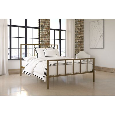 Creek Side Queen Platform Bed Color: Gold
