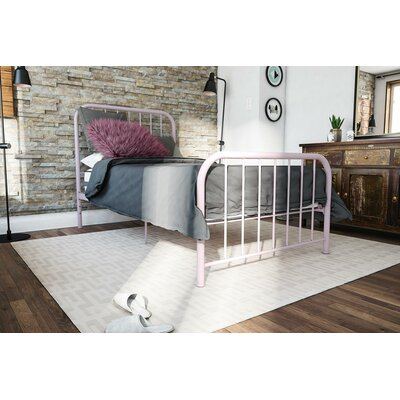 Bellamy Metal Platform Bed Size: Twin, Color: Pink