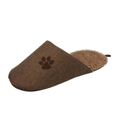 Slip-On Fashionable Slipper Dog Bed Color: Brown