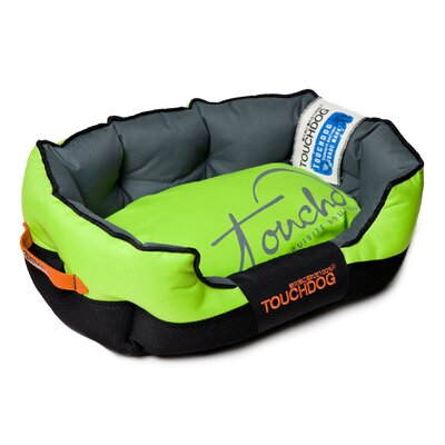 Performance-Max Sporty Dog Bed Size: Medium (25.6 L x 15.7 W), Color: Green