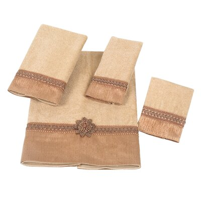 Braided Cuff 4 Piece Towel Set Color: Gold/Brown