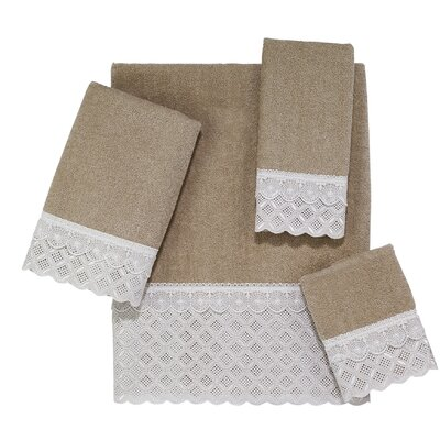 Eyelet Scallop 4 Piece Towel Set Color: Linen