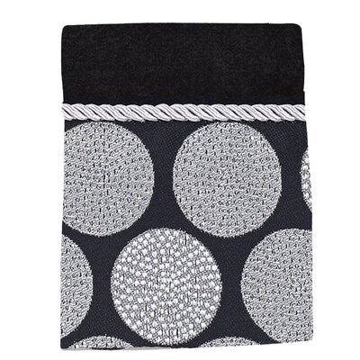 Greenpoint Dotted Circles Washcloth Color: Black
