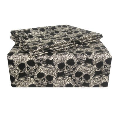 Vollmer Skulls Sheet Set Size: Queen