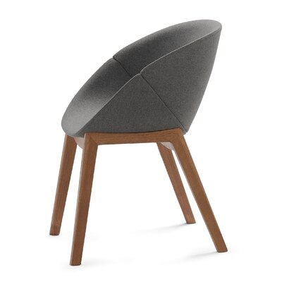 Coquille-L Lounge Chair
