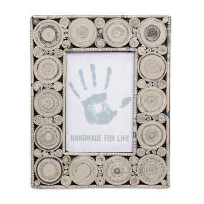 Hypnotizing Picture Frame 287845