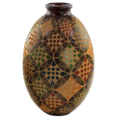 Candelario Interlocking Circles Decorative Table Vase 480A649E21494273B49497F8D1CCD0AC