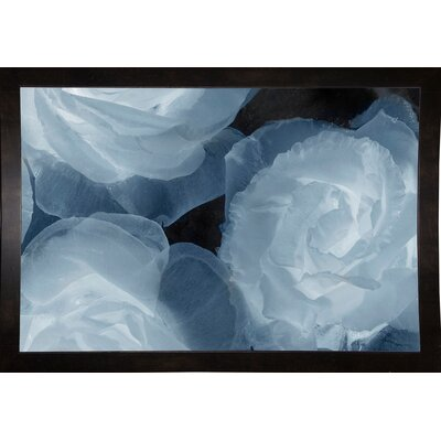 'Rosas Azules 2' Graphic Art Print Format: Affordable Black Medium Framed Paper, Size: 20
