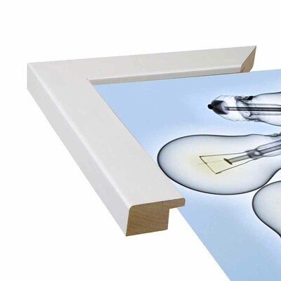 '10 Focos' Graphic Art Print Format: Affordable White Medium Framed Paper, Size: 28.3