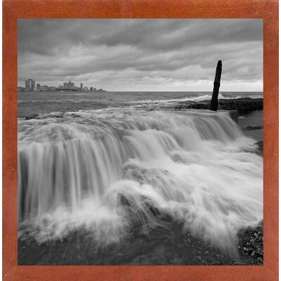 'La Habana Waterfall' Photographic Print Format: Affordable Red Mahogany Medium Framed Paper, Size: 28.3