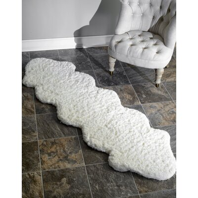 Double Pelt Faux Sheepskin Hand Tufted Natural Area Rug
